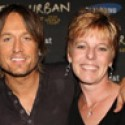 POTW: Keith Urban wishes Big Frog 104Polly Wogg a happy birthday (2013)